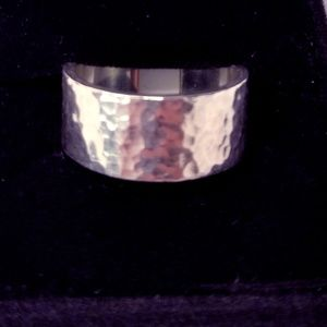 James Avery 925 Silver Ring w/ Hammered Band